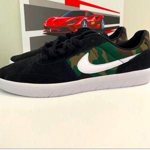 New Nike Camouflage Skate Shoe